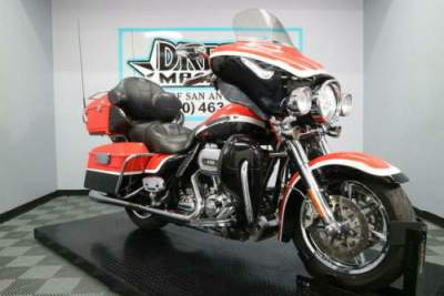 2012 Harley-Davidson FLHTCUSE7 - CVO Ultra Classic Electra Glide Black for sale