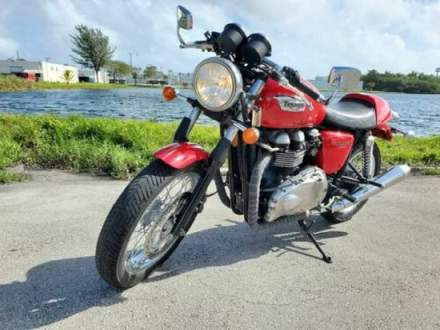 2012 Triumph Thruxton Red for sale