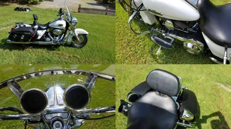 2013 Harley-Davidson Touring Diamond Ice and Stealth White for sale