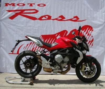 2014 MV Agusta BRUTALE 675 Red for sale