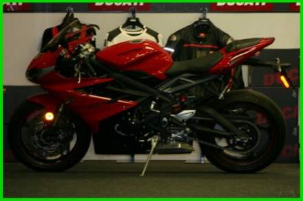 2015 Triumph Daytona 675 ABS Red for sale craigslist