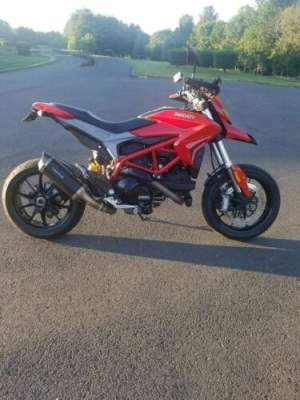 2016 Ducati Hypermotard Red for sale