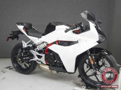 2017 Hyosung GD 250R White for sale