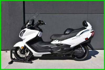 2018 Suzuki Burgman 650 Executive White for sale craigslist