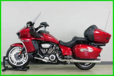 2018 Yamaha VENTURE Non-Trans Kit (only 43 Miles) Red for sale craigslist