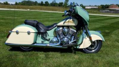 2019 Indian Chieftain® Classic Icon Series Willow Green/Ivory Green for sale
