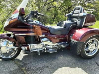 1990 Honda Gold Wing Burgundy for sale