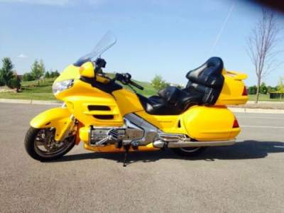 2002 Honda Gold Wing Yellow for sale craigslist photo