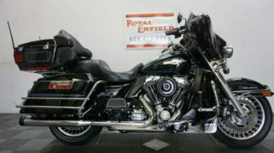 2011 Harley-Davidson Touring NICE TOURING BIKE!!! Black for sale