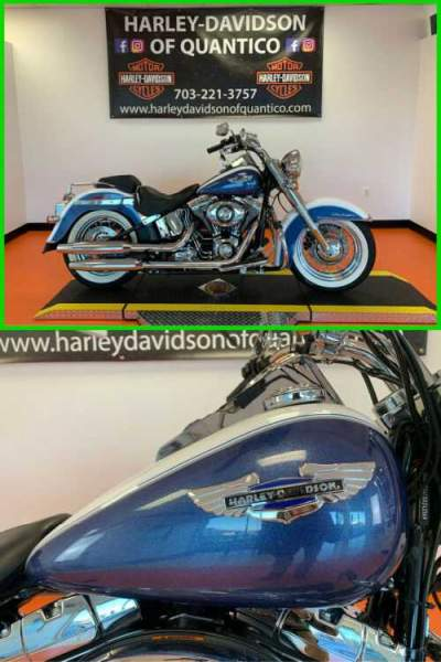 2015 Harley-Davidson Softail Deluxe White Hot Pearl / Blue Hot Pearl for sale