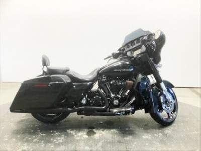 2017 Harley-Davidson Touring Dark Slate Candy/Arctic Black for sale craigslist