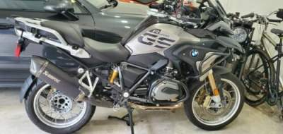2018 BMW R-Series Gray for sale