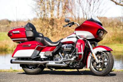 2019 Harley-Davidson Touring Wicked Red/Barracuda Silver for sale
