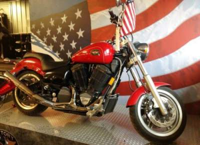 2000 Victory V92 Red for sale craigslist photo