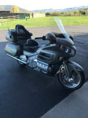2002 Honda Gold Wing  for sale craigslist photo