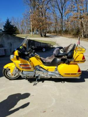 2003 Honda Goldwing 1800 Yellow for sale craigslist