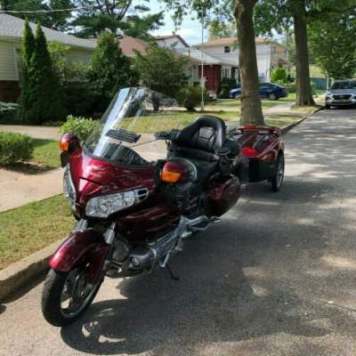 2005 Honda 2005 1800 CC Honda Goldwing Red for sale