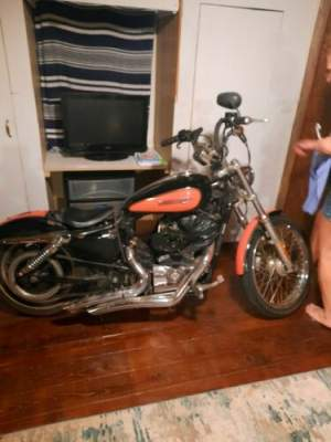 2008 Harley-Davidson Sportster Red for sale craigslist photo