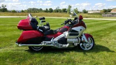2012 Honda Gold Wing Red for sale craigslist photo
