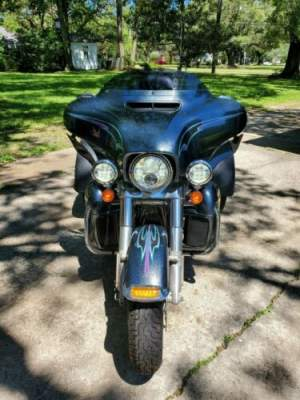 2015 Harley-Davidson Touring Black Magic (Blue) for sale craigslist