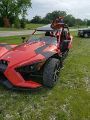 2015 Polaris SLINGSHOT Red for sale craigslist photo