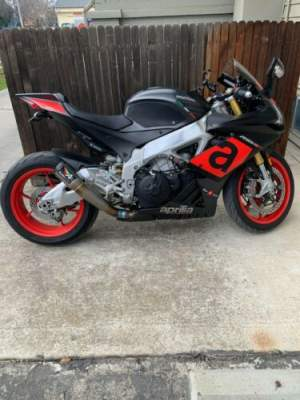 2017 Aprilia Aprilia RSV4 Black for sale craigslist