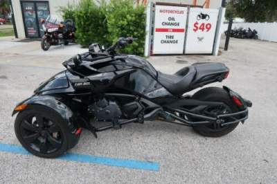 2017 Can-Am Spyder -- for sale craigslist photo