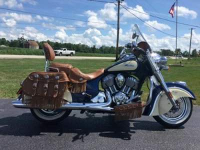 2017 Indian Chief® Vintage Springfield Blue Over Ivory Cream -- for sale craigslist photo