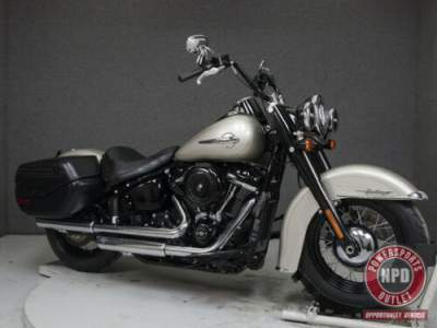 2018 Harley-Davidson Softail FLHC HERITAGE CLASSIC WABS SILVER FORTUNE for sale craigslist photo