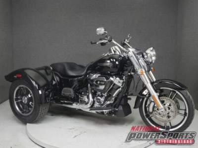 2018 Harley-Davidson Trike FLRT FREEWHEELER VIVID BLACK for sale