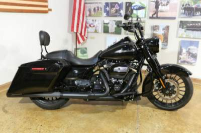 2019 Harley-Davidson FLHRXS - Road King® Special Black for sale craigslist photo