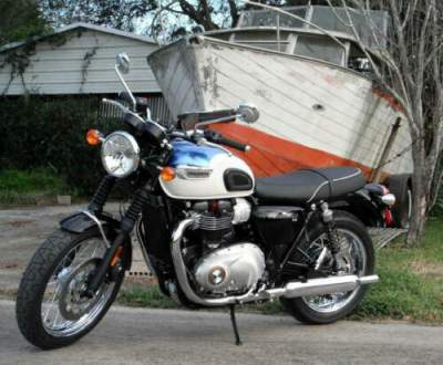 2020 Triumph Bonneville Fusion White/Aegean Blue for sale craigslist photo