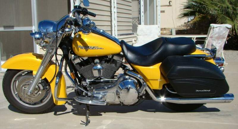 2005 Harley-Davidson Touring Yellow used for sale