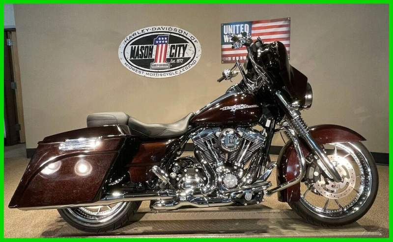 2011 Harley-Davidson Touring Street Glide™ Merlot Sunglo used for sale