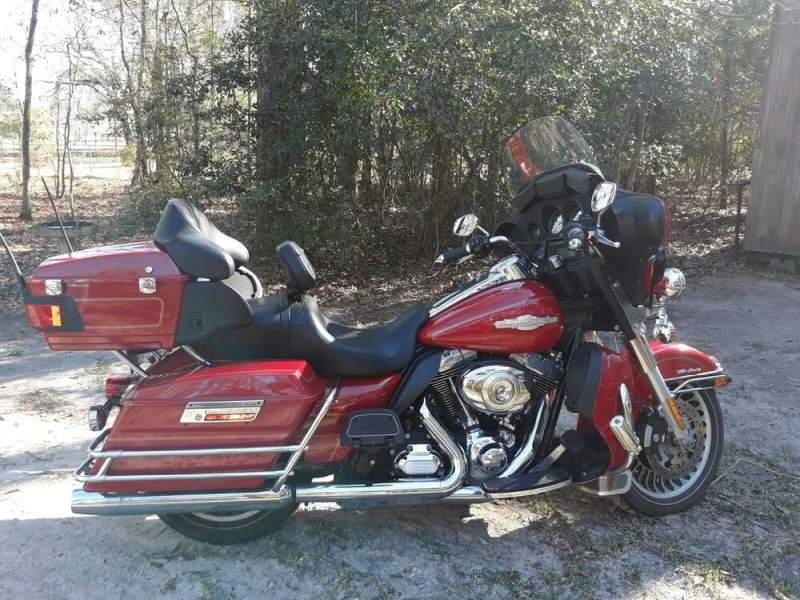 2012 Harley-Davidson Touring Red used for sale