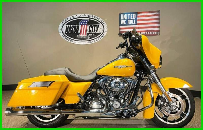 2013 Harley-Davidson Touring Street Glide™ Chrome Yellow Pearl used for sale