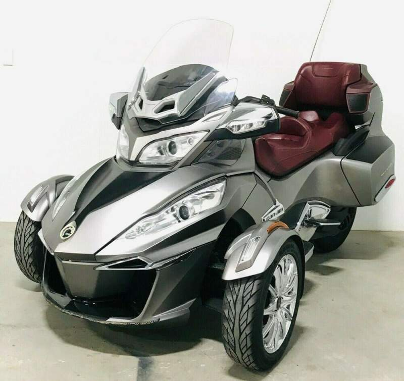 2014 Can-Am Spyder RT Silver used for sale