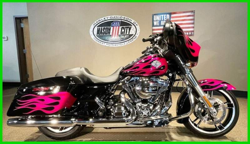 2014 Harley-Davidson Touring Street Glide™ Pink Flame used for sale