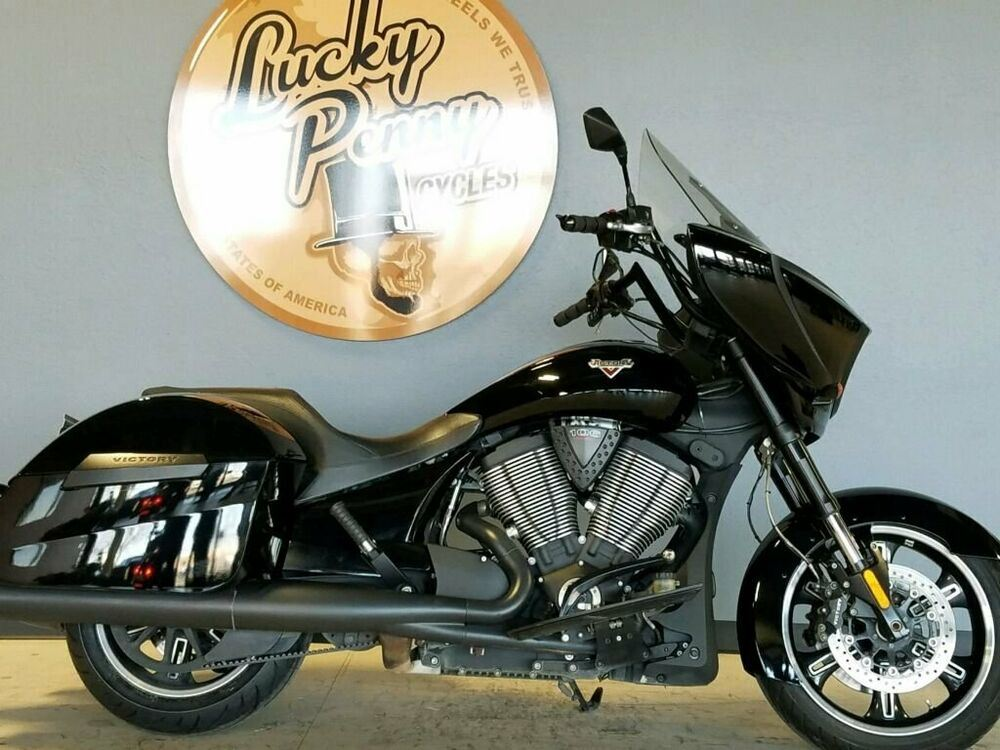 2014 Victory CROSS COUNTRY 8 BALL Black used for sale