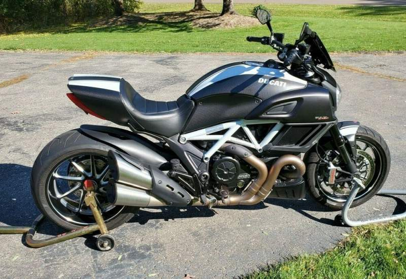 2015 Ducati Diavel Carbon White used for sale near me